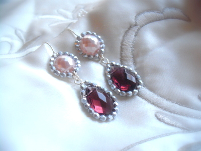 cercei perle roz si cristale