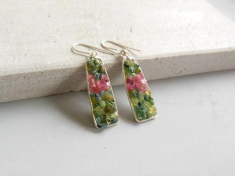 Cercei cu pietre semipretioase de turmalina verde si roz COD 861 Tortite argint 925 Lungime – 6 cm 75 lei- disponibili la comanda